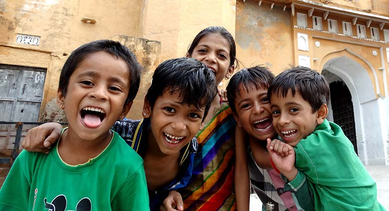 Time to Travel to India with Children