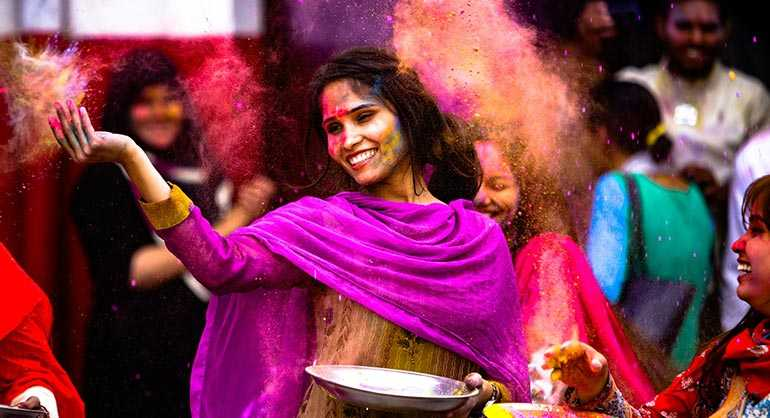 What's Travel without Fun and Holi without 'Colours'?